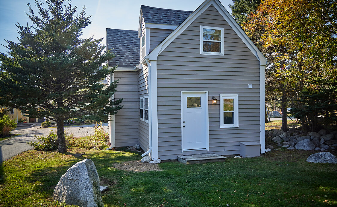 Exterior shot of a cottage at Oceanstone