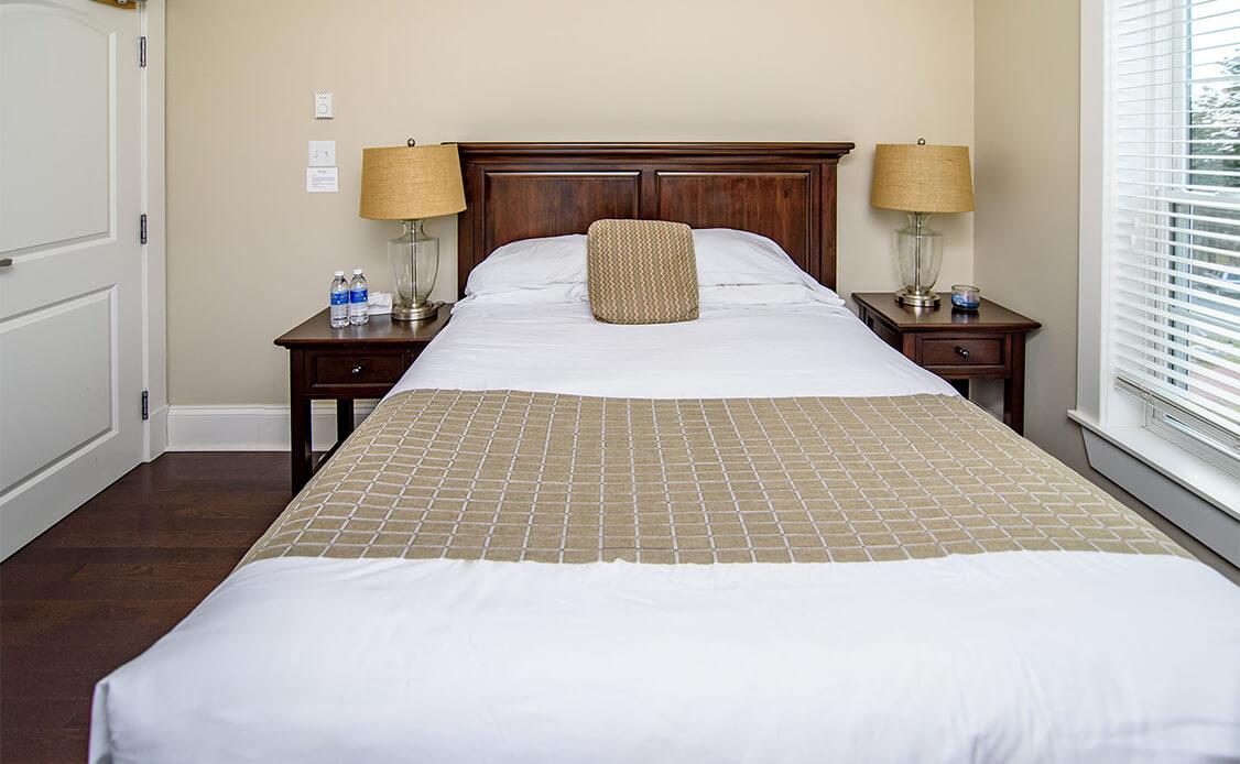 Rhubarb Guest Room 3 bed